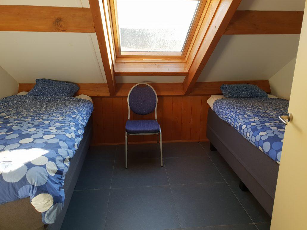 Klaproas slaapkamer 2e etage linkerkant e1571129134157 - Vakantiewoning Klaproas